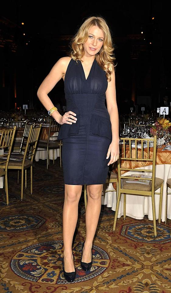 """Blake Lively bores in midnight blue. Thankfully, the """"Gossip Girl"""" star's hair looks extra luscious. SGP Italia srl/<a href=""""http://www.wireimage.com"""" target=""""new"""">WireImage.com</a> - October 23, 2008"""