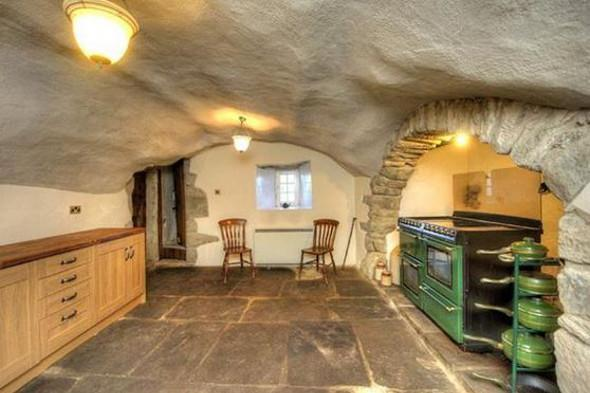 The kitchen at Kilmartin Castle