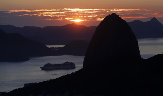 A view of the Sugar Loaf mountain in Rio de Janeiro March 11, 2014. Rio de Janeiro is one of the host cities for the 2014 soccer World Cup in Brazil. REUTERS/Sergio Moraes (BRAZIL - Tags: SPORT SOCCER WORLD CUP)