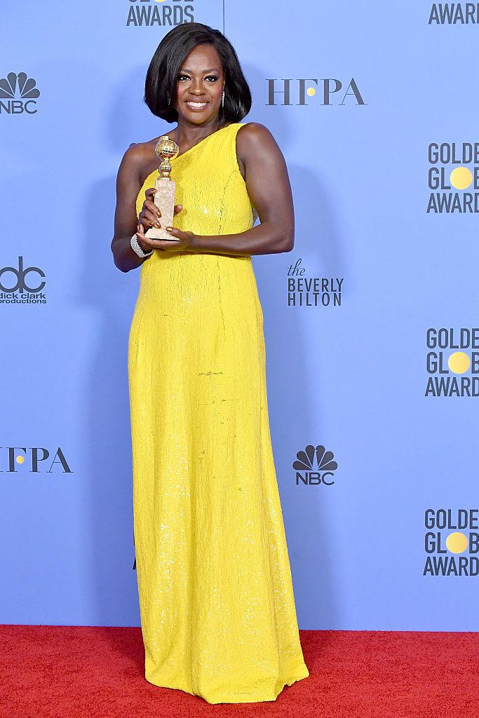 Viola Davis and her award for Best Supporting Actress in a movie. (Photo: Getty Images)