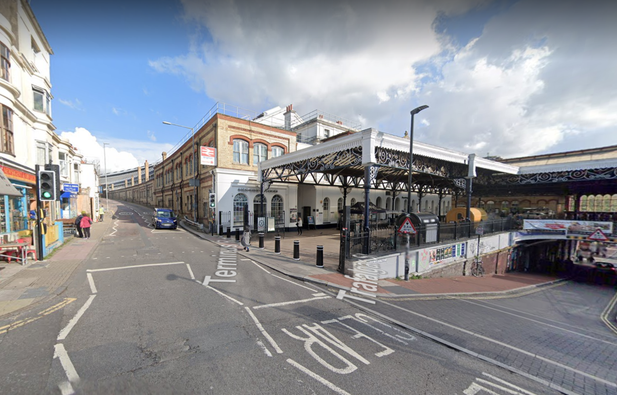 The man was claiming to have a bob outside Brighton Railway station. (Google Maps)