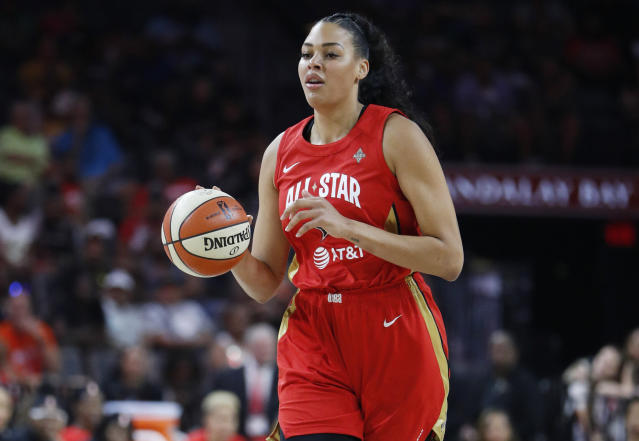 """Aces star <a class=""""link rapid-noclick-resp"""" href=""""/wnba/players/4840/"""" data-ylk=""""slk:Liz Cambage"""">Liz Cambage</a> was stunned at how bad the wildfires in Australia have been when she arrived home in Melbourne this week. (AP/John Locher)"""