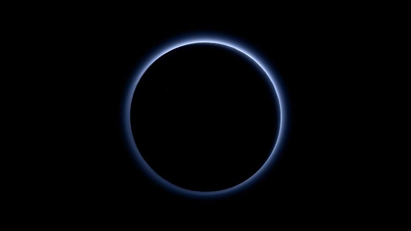 New-Horizons-Blue-Skies-on-Pluto