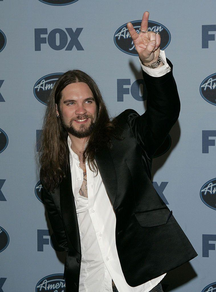 <p>Bo Bice took home the runner-up title on season 4 after being one of the oldest contestants to audition for the show at age 29. He has since released three albums, performed with Willie Nelson at Bonnaroo Music Festival, and has four children with his wife Caroline Fisher.</p>