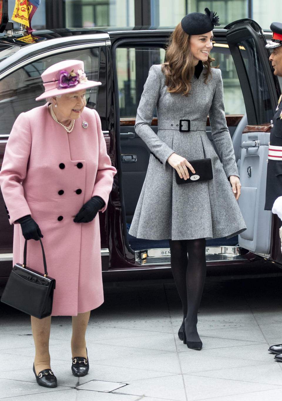 The Queen and the Duchess of Cambridge arrive at King's College London [Photo: Getty]