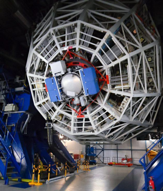 The NEAR instrument, shown here mounted on one of the telescopes of the European Southern Observatory's Very Large Telescope, went live with the ESO VISIR viewer and spectrometer on May 21 (ESO / NEAR Collaboration Photo).