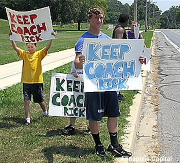 Chesapeake wrestlers protest the firing of coach Rick Couch