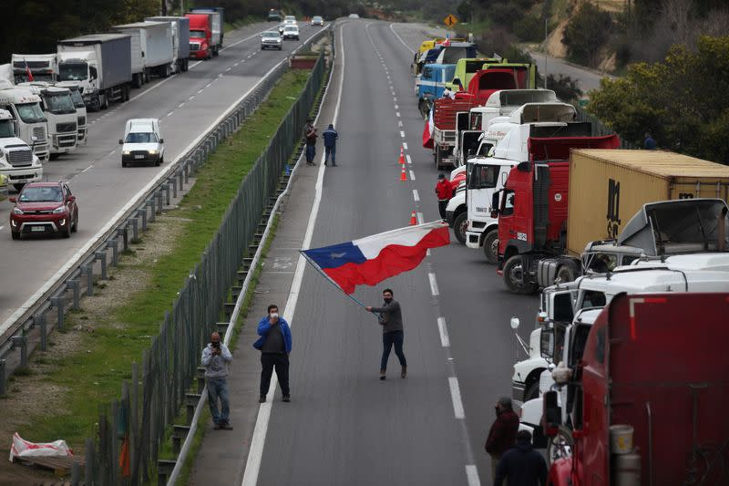 Chile trucker strike snarls shipments of salmon, fruit and grain