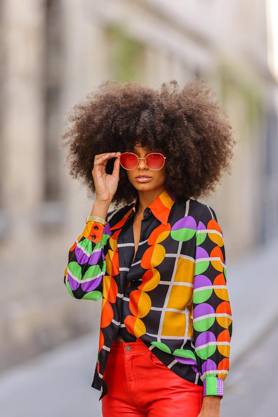 <p><b>CM:</b> Splurge on a pair of standout sunnies. You'll wear them all summer long (and then some). Bold sunglasses are the perfect accessory to finalize your summer look.</p>