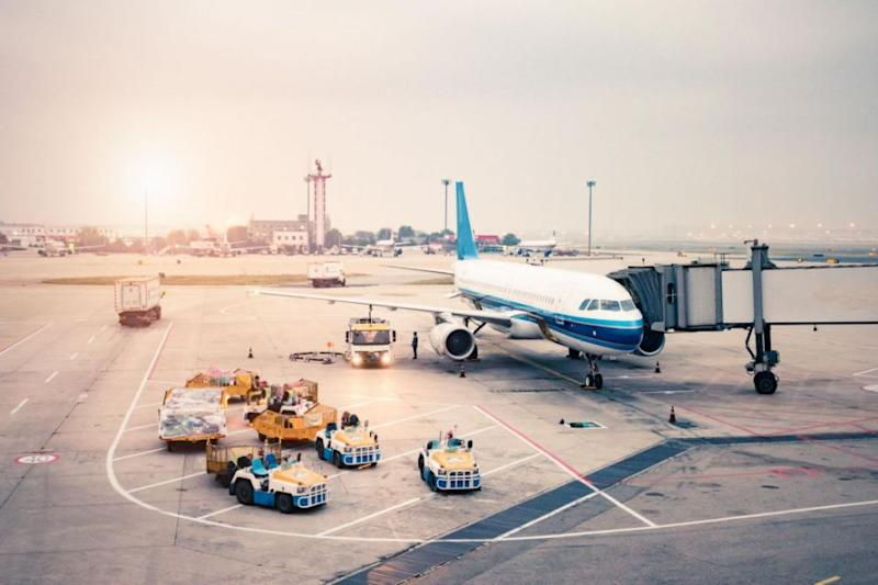why we board planes on the left