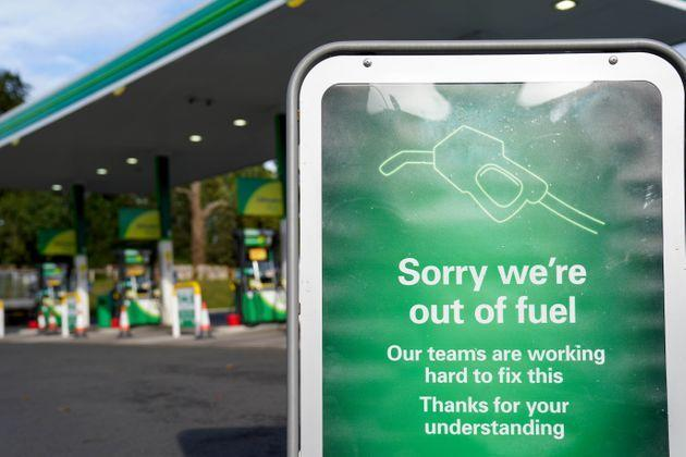 A sign outside a BP petrol station in Birmingham informing people that there is no fuel. Picture date: Tuesday September 28, 2021. (Photo by Jacob King/PA Images via Getty Images) (Photo: Jacob King - PA Images via Getty Images)