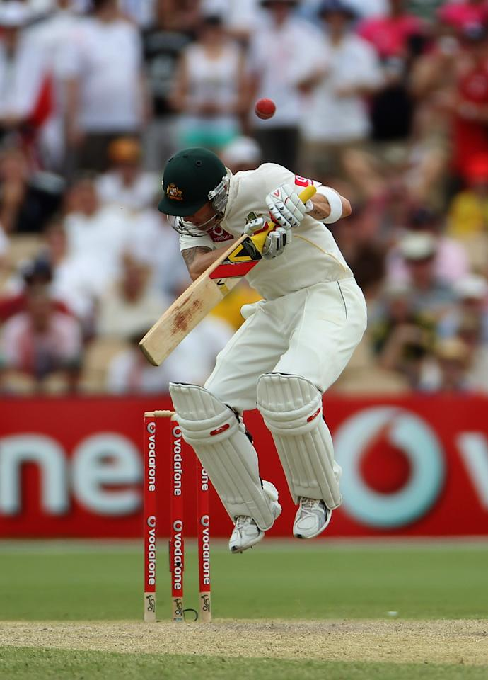 ADELAIDE, AUSTRALIA - DECEMBER 06: Michael Clarke of Australia avoids a bouncer during day four of the Second Ashes Test match between Australia and England at Adelaide Oval on December 6, 2010 in Adelaide, Australia.  (Photo by Tom Shaw/Getty Images)