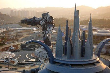 A view of the Oriental Science Fiction Valley theme park at sunset, in Guiyang, Guizhou province, China November 16, 2017. Picture taken November 16, 2017. REUTERS/Joseph Campbell