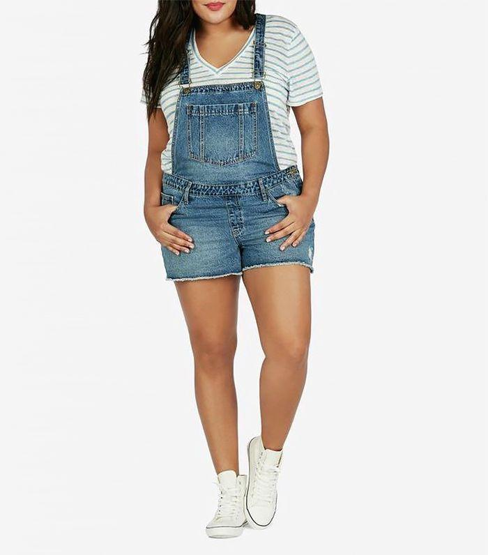 Wear a plain white tee underneath overalls.