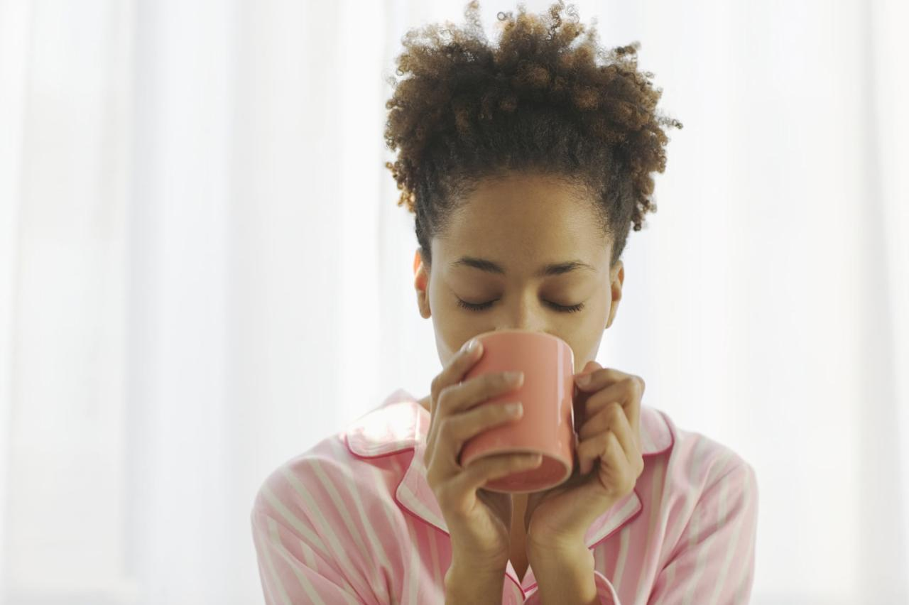 <p>Warm coffee drinkers know that it's no fun sipping hot coffee on 80-plus degree days.</p>