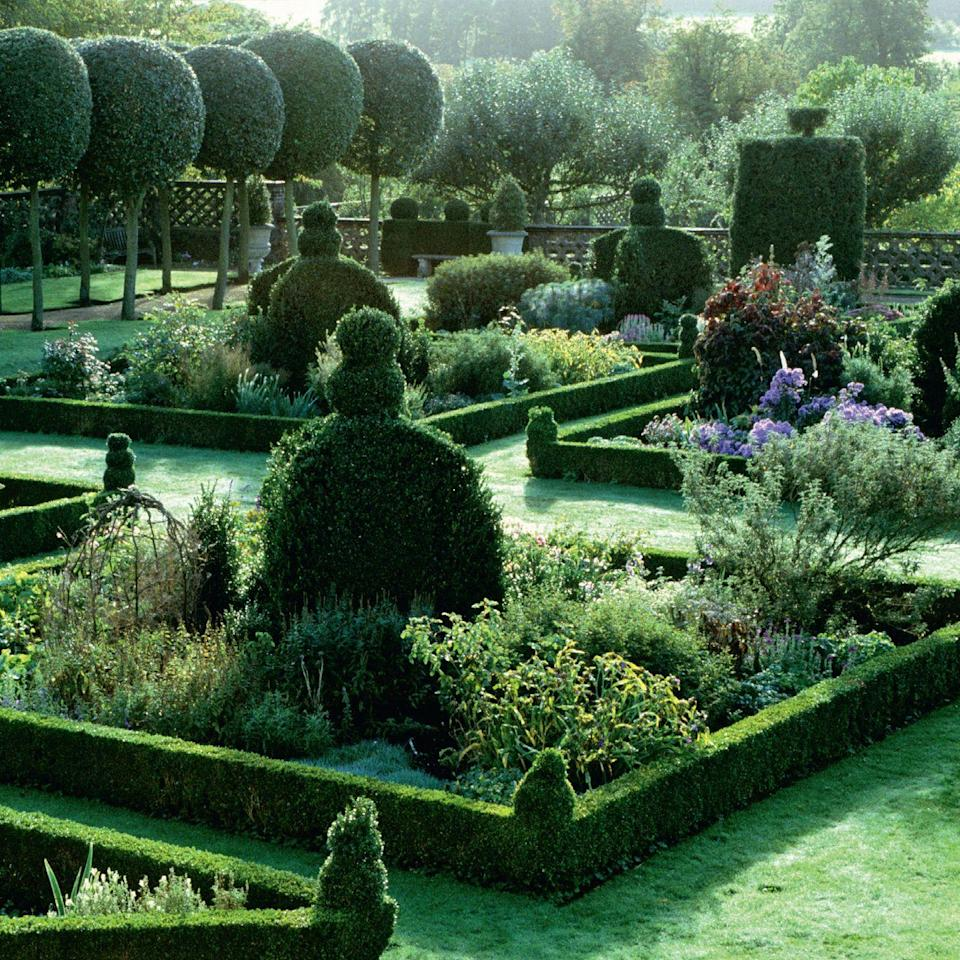 Photo credit: Glorious Gardens, by Country Living|Garden Collection, Jonathan Buckley