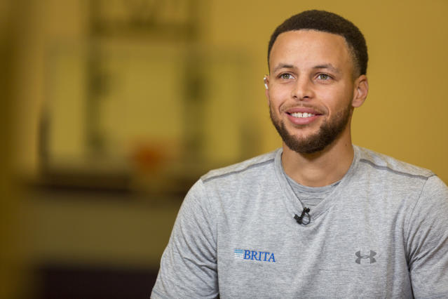 "<a class=""link rapid-noclick-resp"" href=""/nba/players/4612/"" data-ylk=""slk:Stephen Curry"">Stephen Curry</a> suffered his MCL injury March 23 against Atlanta. (AP)"