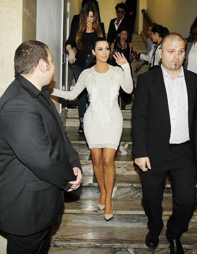 On the day it was announced she had filed for divorce from Kris Humphries -- her husband of 72 days -- Kim Kardashian put on a brave face and headed to Australia with her little sister Khloe to promote their new handbag collection. (11/3/2011)