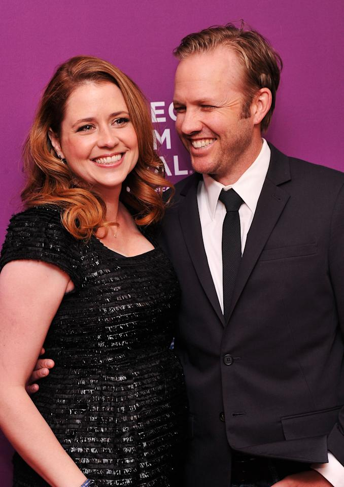 "NEW YORK, NY - APRIL 23:  Actress Jenna Fischer  and director Lee Kirk attend ""Giant Mechanical Man"" Premiere during the 2012 Tribeca Film Festival at the School of Visual Arts Theater on April 23, 2012 in New York City.  (Photo by Stephen Lovekin/Getty Images)"