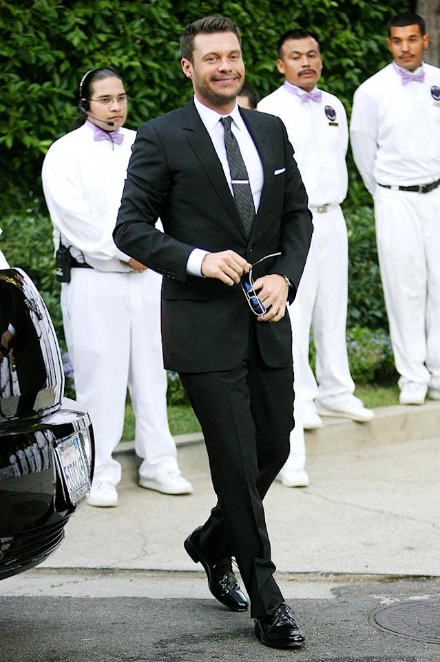 "This ... is not ""American Idol."" It's Khloe Kardashian and Lamar Odom's star-studded wedding, and Ryan Seacrest was just one of the many celebs in attendance. MAP/<a href=""http://www.splashnewsonline.com"" target=""new"">Splash News</a> - September 27, 2009"