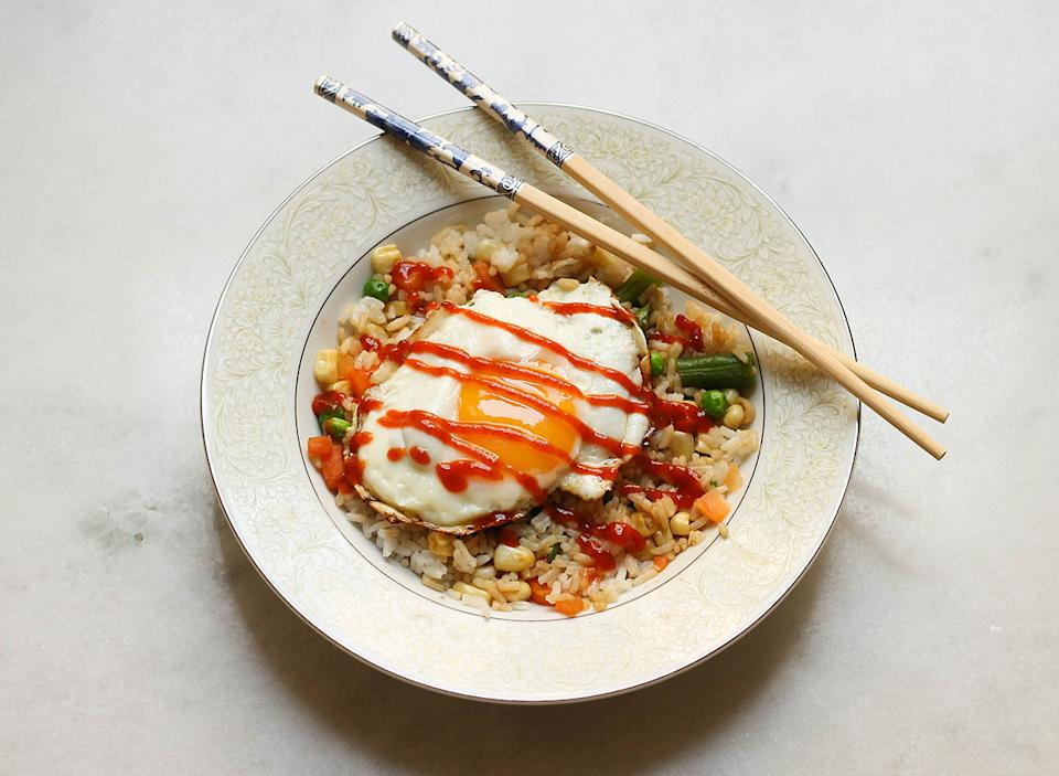 Quick veggie rice bowl recipe.