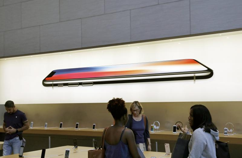 Una tienda de Apple (EFE/PETER FOLEY)