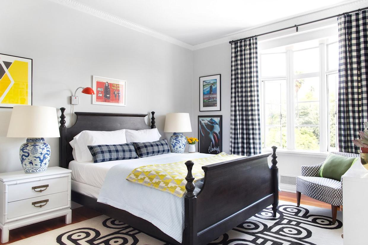 """<div class=""""caption""""> Max centered the bed in this space, leaving room to walk on either side. </div> <cite class=""""credit"""">Photo: Sarah Dorio for Max Humphrey Interior Design</cite>"""