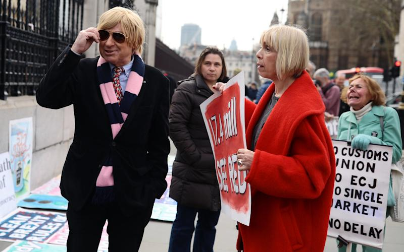 Michael Fabricant in the Dulwich Hamlet F.C scarf - 2019 Getty Images