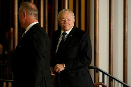 FILE PHOTO: Dallas Cowboys owner Jerry Jones arrives for the NFL owners meeting in New York City, NY, U.S. October 17, 2017. REUTERS/Brendan McDermid