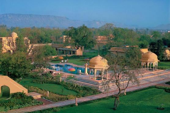 The Oberoi Rajvilas, India (Photo: Oberoi Hotels & Resorts) - Step back in time into a traditional fortified Rajasthani palace with lush gardens and cascading fountains at The Oberoi Rajvilas, Jaipur. Spread over 32 acres of luxurious verdant greenery, there are 54 Premier Rooms, 13 Luxury Tents (one Royal Tent), two Luxury Villas with private pools and one Kohinoor Villa with a private pool, each one decorated in colonial style.