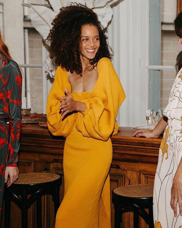 """<p><a class=""""link rapid-noclick-resp"""" href=""""https://go.redirectingat.com?id=127X1599956&url=https%3A%2F%2Fwww.matchesfashion.com%2Fwomens%2Fdesigners%2Fjohanna-ortiz&sref=https%3A%2F%2Fwww.harpersbazaar.com%2Fuk%2Ffashion%2Fwhat-to-wear%2Fg35911319%2Fmother-bride-what-to-wear%2F"""" rel=""""nofollow noopener"""" target=""""_blank"""" data-ylk=""""slk:SHOP JOHANNA ORTIZ"""">SHOP JOHANNA ORTIZ</a></p><p>In the market for an eye-catching print? Look no further than Colombian designer Johanna Ortiz's striking collections, which are all about easy elegance.</p><p><a href=""""https://www.instagram.com/p/CIJDVA5HcrM/?utm_source=ig_embed&utm_campaign=loading"""" rel=""""nofollow noopener"""" target=""""_blank"""" data-ylk=""""slk:See the original post on Instagram"""" class=""""link rapid-noclick-resp"""">See the original post on Instagram</a></p>"""