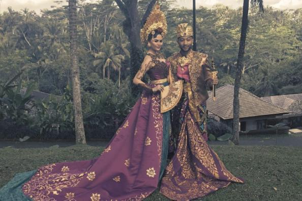 """Chrissy and John enjoyed some down time in Bali together along with daughter Luna. The couple donned some traditional Balinese ceremonial costumes, sharing the snap on Instagram. Chrissy said on the post that they had """"the most beautiful, wonderful time in Bali""""."""