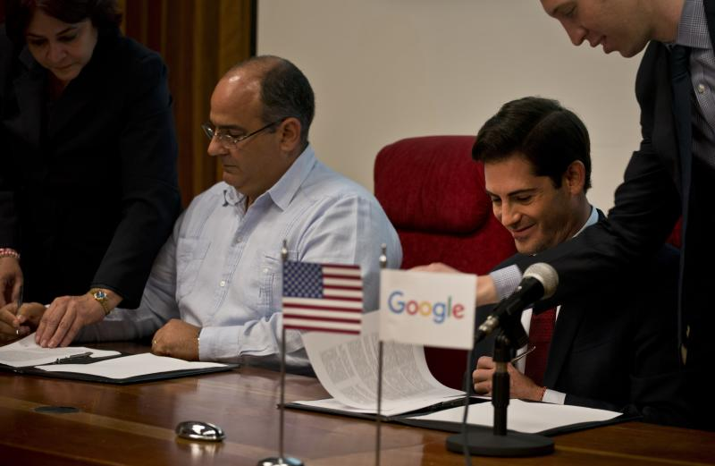 Google Teams with Cuban Dictatorship to Improve Internet Service