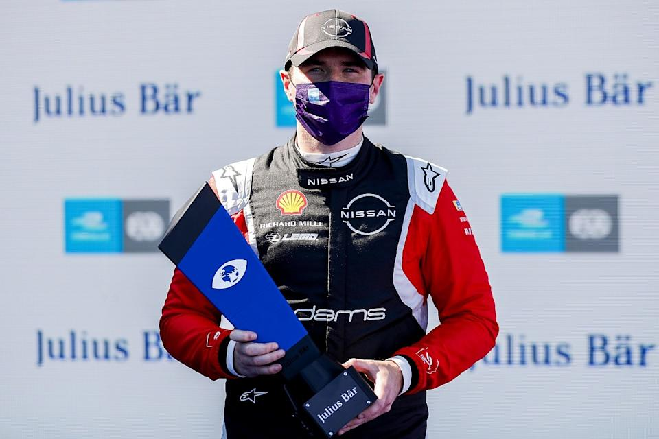 Rowland grabs pole in farcical Berlin qualifying
