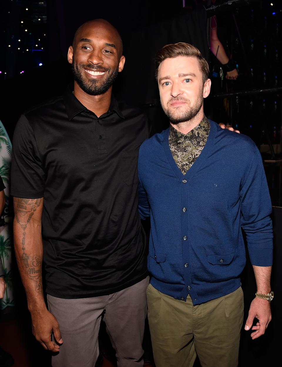 INGLEWOOD, CA - JULY 31:  Former NBA player Kobe Bryant (L) and recording artist Justin Timberlake attend the Teen Choice Awards 2016 at The Forum on July 31, 2016 in Inglewood, California.  (Photo by Kevin Mazur/Fox/Getty Images for Fox)
