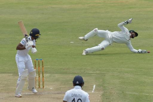 Sri Lankan opener Oshada Fernando was dropped down the legside by Regis Chakabva and went on to reach 40 not out at tea