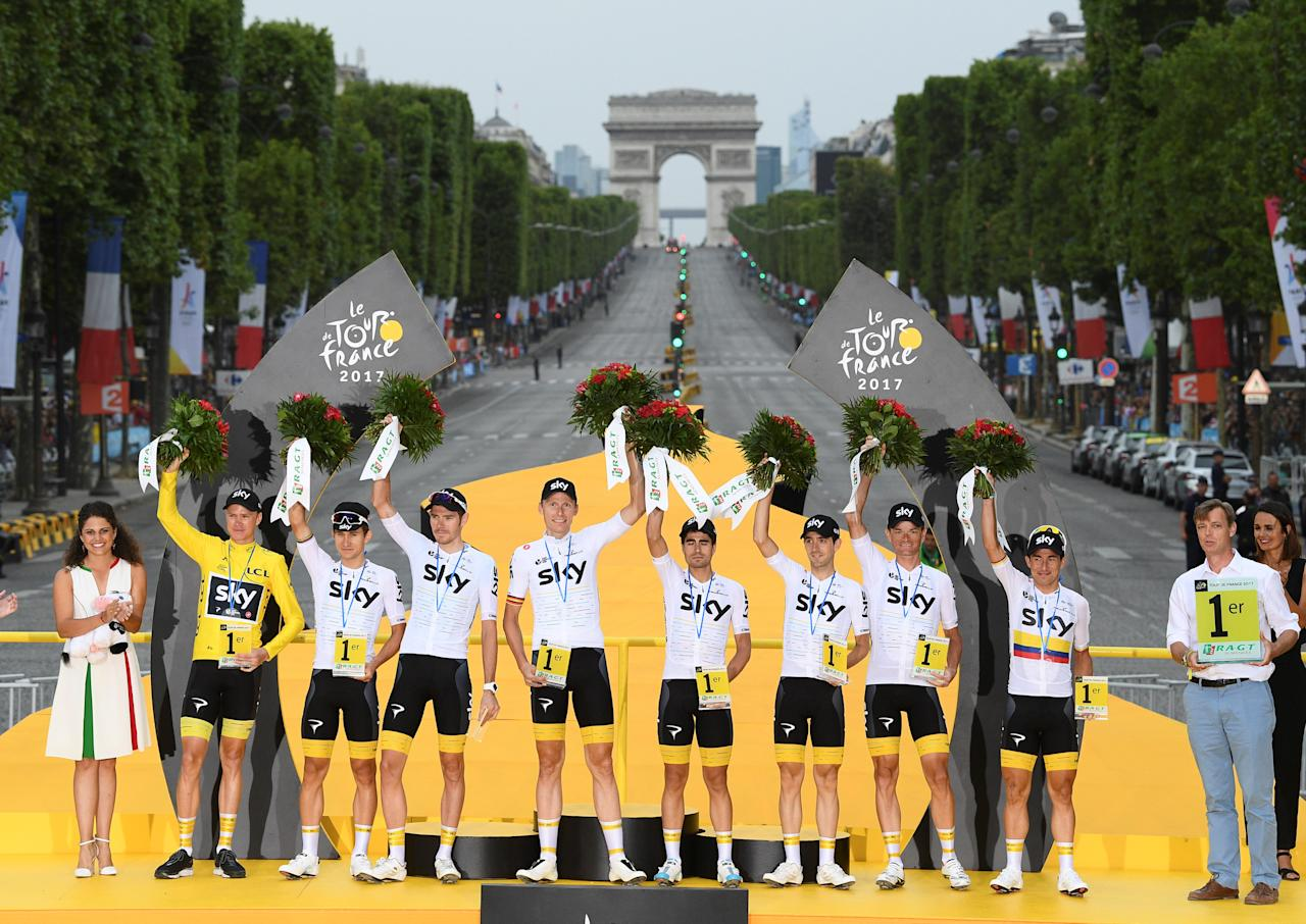 REFILE - CORRECTING BYLINE Cycling - The 104th Tour de France cycling race - The 103-km Stage 21 from Montgeron to Paris Champs-Elysees, France - July 23, 2017 - Team Sky celebrate their win in the teams classification.  REUTERS/Franck Faugere/Pool