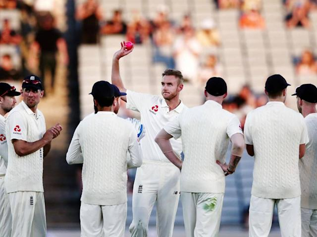 Broad's 400th Test wicket was the sole bright spot of a dark day for the tourists (Getty)