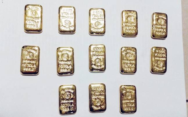 Mumbai: 2 Sri Lankans arrested for smuggling gold in their rectum