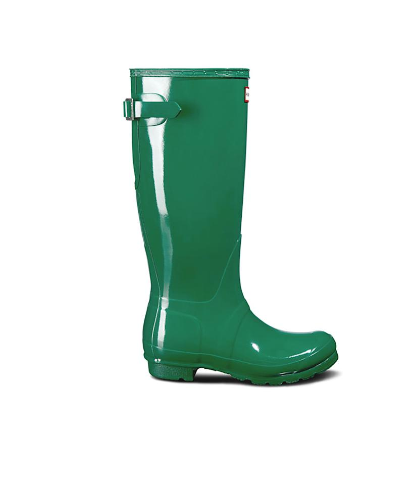 "<p>A bright green boot for someone with a bright and colorful personality. It is also designed for those with wider calves. <br />Shop it: Women's Original Adjustable Gloss Rain Boots in Hyper Green, $112 (was $160), <a rel=""nofollow"" href=""https://fave.co/2zlmdQV"">hunterboots.com </a> </p>"