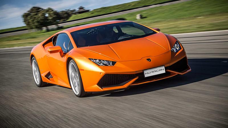 Rich 22 Year-Old Parks His Lamborghini Huracan in Mayors Spot