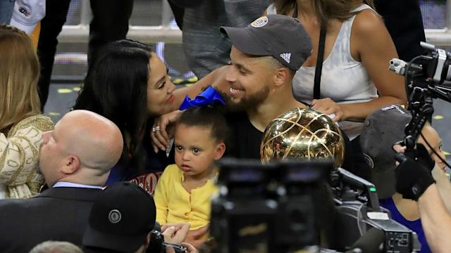 ayesha curry shares sexy shirtless pic of steph on