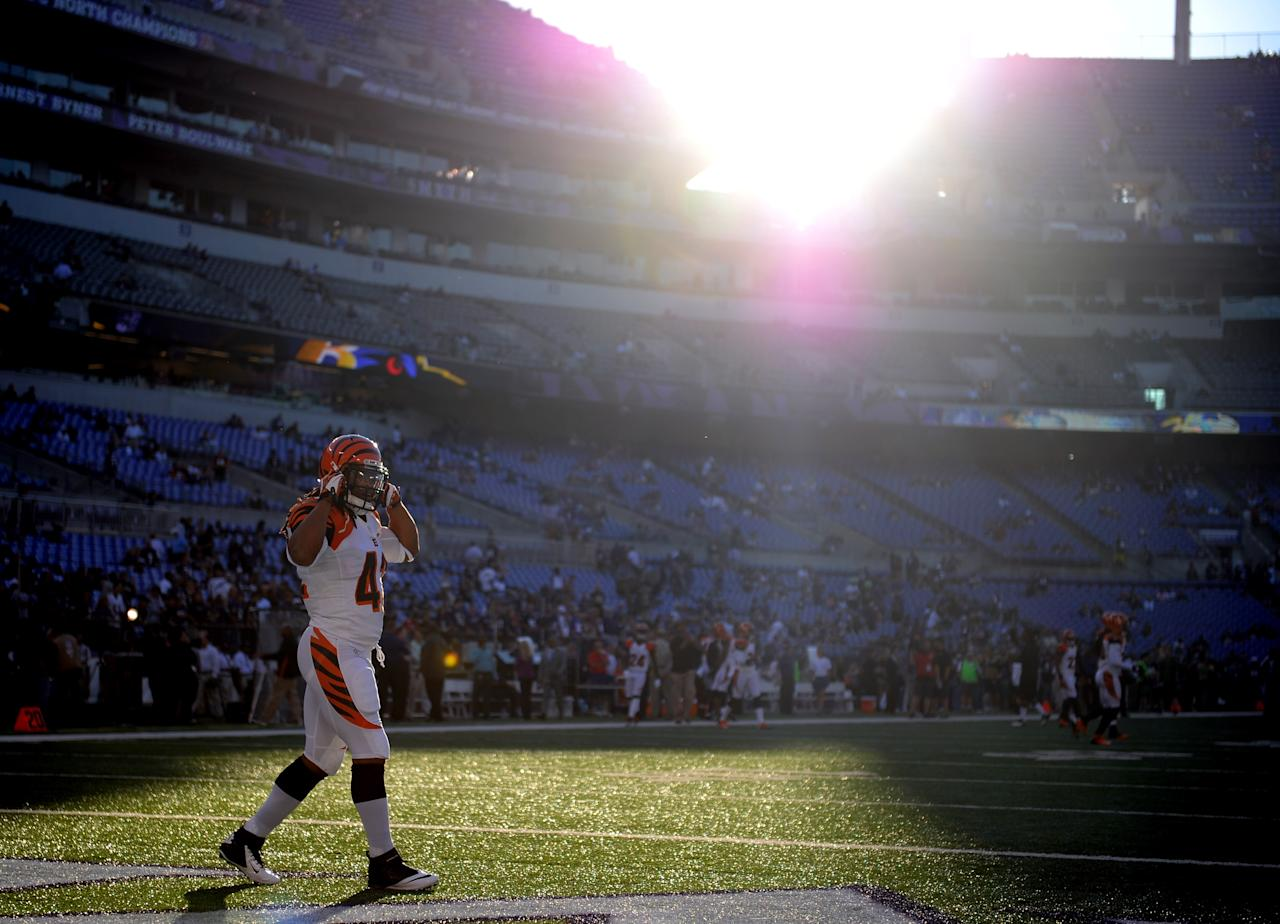 BALTIMORE, MD - SEPTEMBER 10:  Running back BenJarvus Green-Ellis #42 of the Cincinnati Bengals warms up before taking on the Baltimore Ravens at M&T Bank Stadium on September 10, 2012 in Baltimore, Maryland.  (Photo by Patrick Smith/Getty Images)