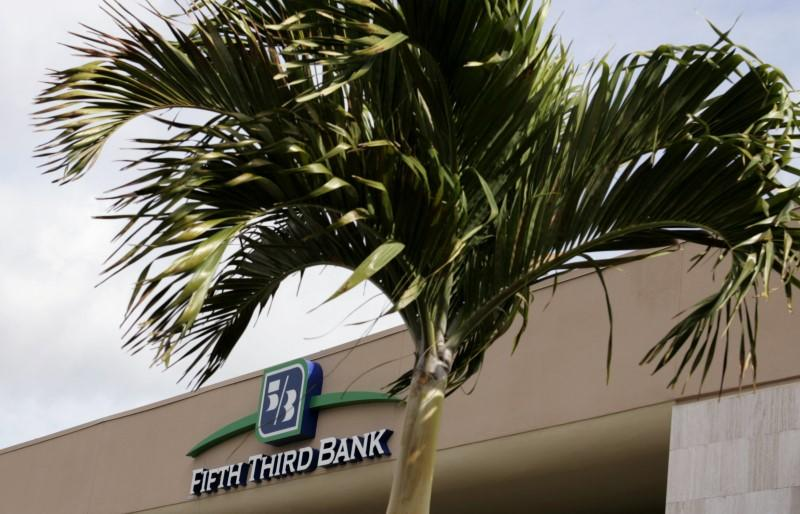 A branch location of Fifth Third Bank is shown in Boca Raton