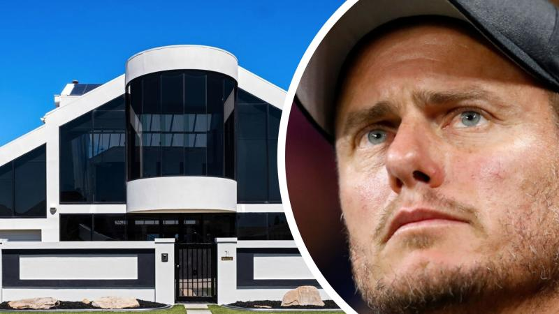 Tennis star Lleyton Hewitt and his former property.Images: Klemich, Getty