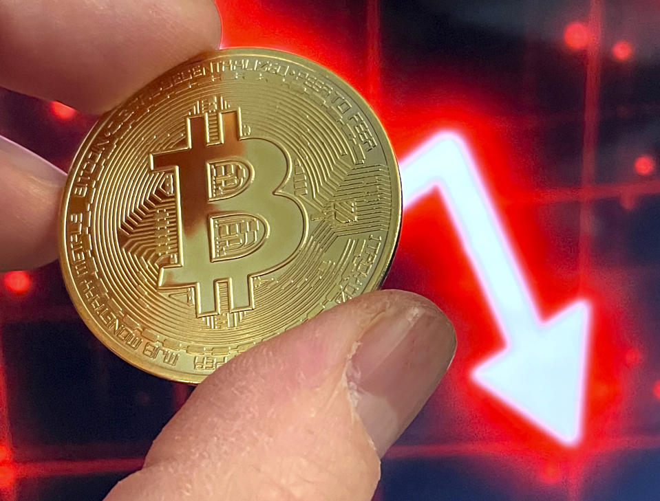 Bitcoin has led the cryptocurrency market lower over the last 24 hours. Photo: STRF/Star Max/IPx/AP