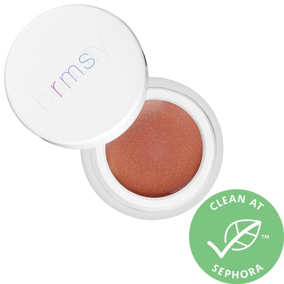 <p>This <span>RMS Beauty Buriti Bronzer</span> ($28) is beloved by customers, and so easy to use!</p>