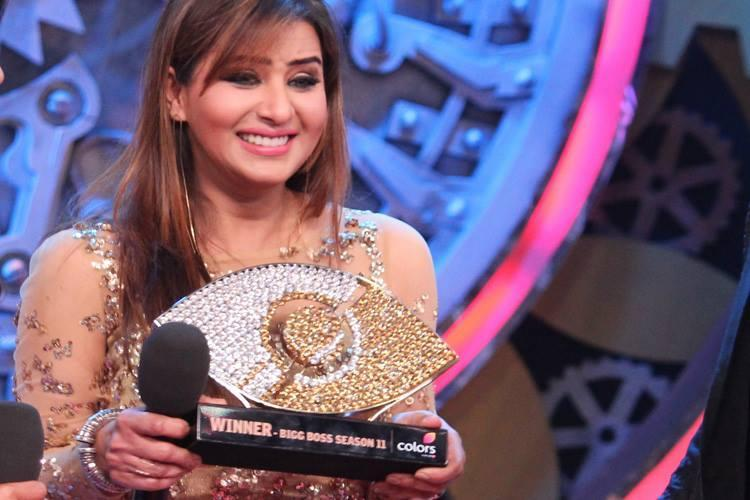One of the most popular faces in Indian television, Shilpa Shinde won season 11, beating her close rival on the show, Hina Khan. But it did not really help her land any projects on TV because of her previous history of controversies. In February 2019, Shilpa joined the Indian National Congress.