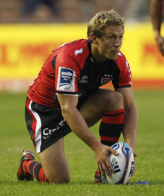 Jonny Wilkinson of Toulon prepares to kick the ball during the European Challenge Cup Final Rugby Union match between Toulon and Biarritz at the Twickenham Stoop in Twickenham, England, on May 18, 2012. AFP PHOTO / IAN KINGTONIAN KINGTON/AFP/GettyImages