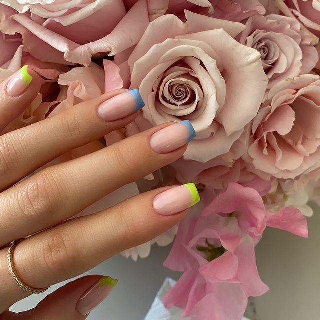 "<p>Looks like Kylie's new minimal nails are in it for the whoooole summer. The mogul updated her new short length with a modern <a href=""https://www.seventeen.com/beauty/nails/g28789698/nail-shapes-types/"" rel=""nofollow noopener"" target=""_blank"" data-ylk=""slk:square shape"" class=""link rapid-noclick-resp"">square shape</a> and some bright tips. Brb, screenshotting this cute nail design.</p><p><a href=""https://www.instagram.com/p/CAgxLMRnfLv/"" rel=""nofollow noopener"" target=""_blank"" data-ylk=""slk:See the original post on Instagram"" class=""link rapid-noclick-resp"">See the original post on Instagram</a></p>"